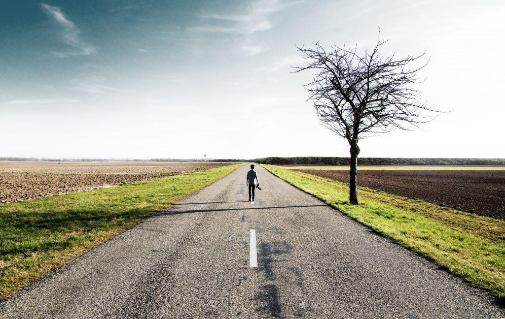 boy-camera-road